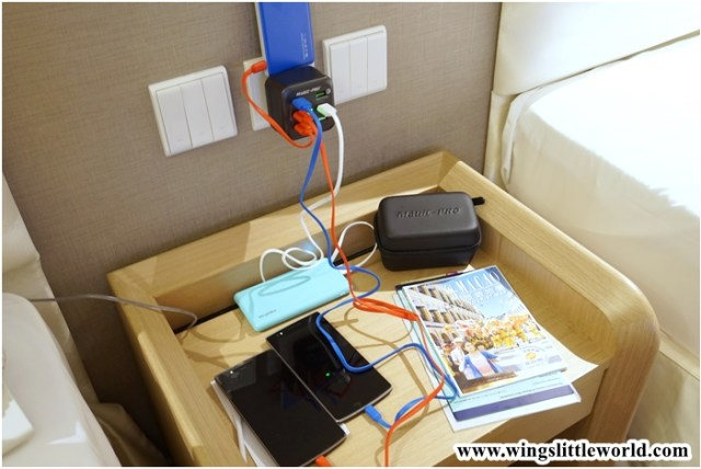 magic-pro-travel-charger-8