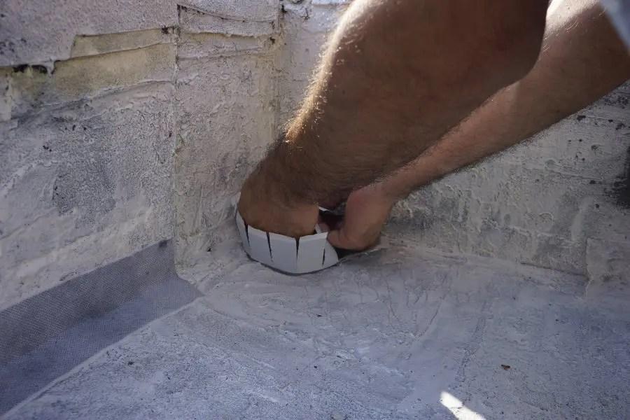 làm thế nào để chống thấm mái nhà thoát nước