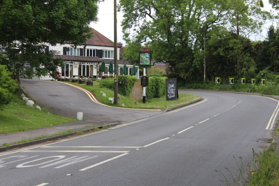 Fisherman's approached from Sopley
