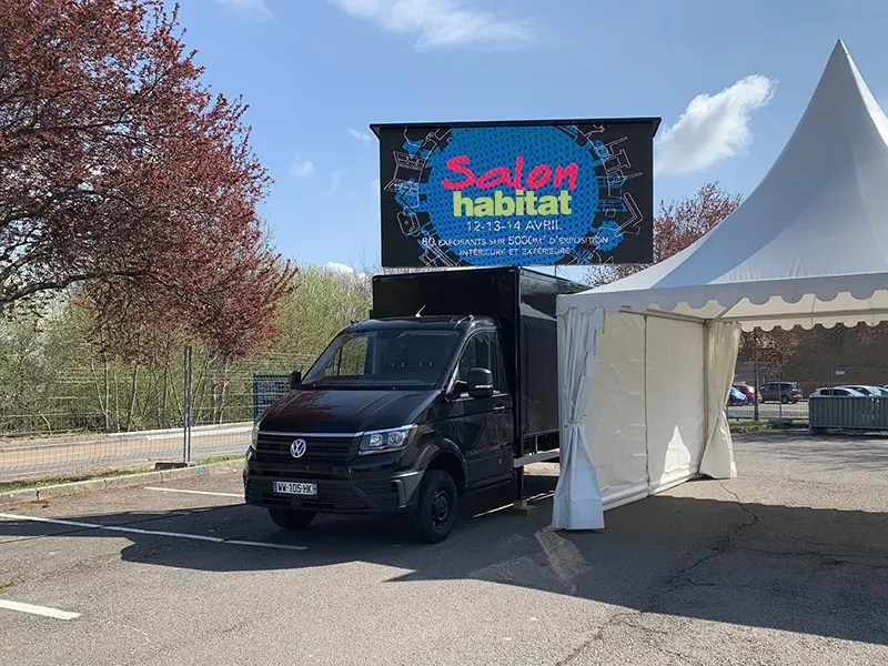 Ecran mobile salon