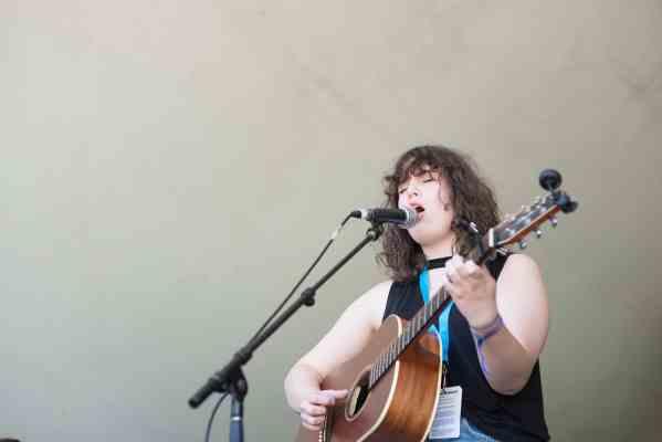 Winnipeg Folk Festival performer photo