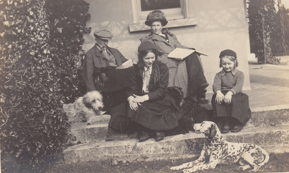 Margaret in Devon with her father Arthur Chamberlain, Nina and Lois, News from the Archives, Digging for Dirt, Winterbourne House and Garden