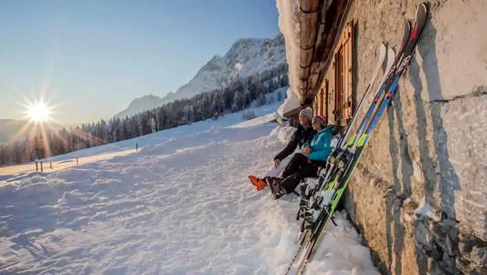 Sneeuwzekere wintersport Hintergllemm