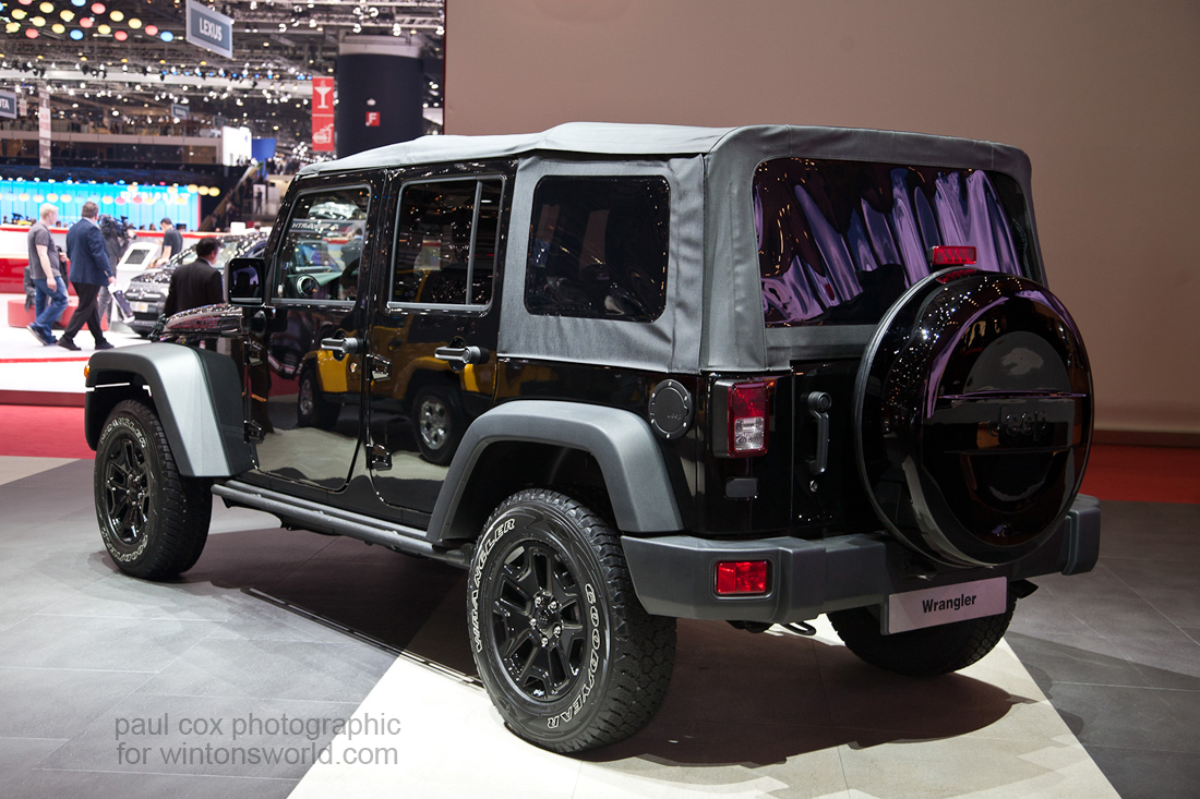 hight resolution of 2012 wrangler fuse box location