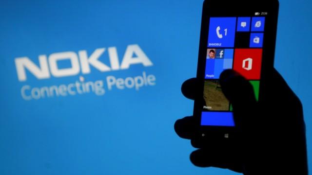 Seit 2 Jahren in enger Kooperation: Nokia und Microsoft (Foto: REUTERS)