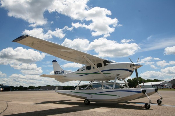 20+ Orange Cessna 206 Amphibian Pictures and Ideas on Meta Networks
