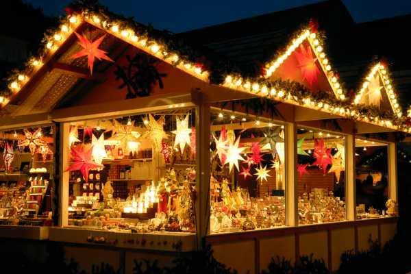 Mercatini di Natale su e giù per l'Italia a caccia del regalo food