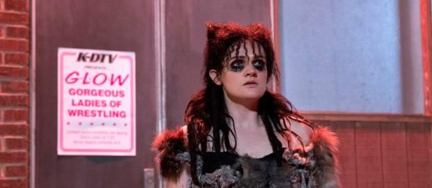 Glow: Sheila, il lupo perde il pelo e anche il vizio