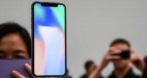 Apple, iniziate le vendite dei nuovi iPhone