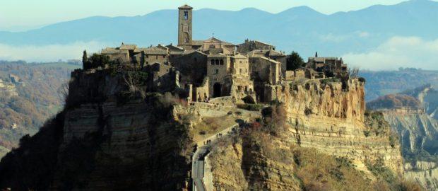 """Civita Di Bagnoregio: """"la città che muore"""""""