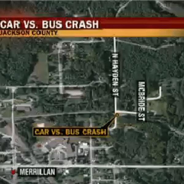 Bus Crash-20150923214713_1445656517262.png