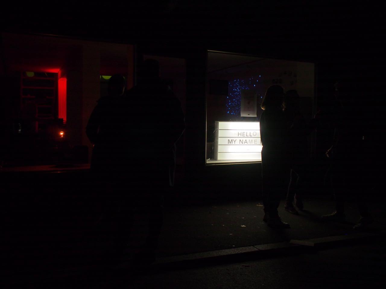 Hellomynameis - Leuchteschild
