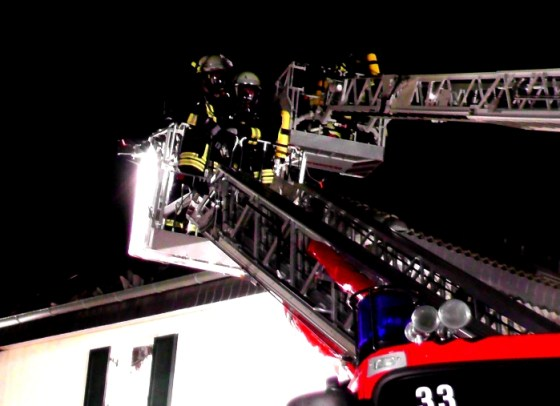 Feuerwehr bei den Löscharbeiten
