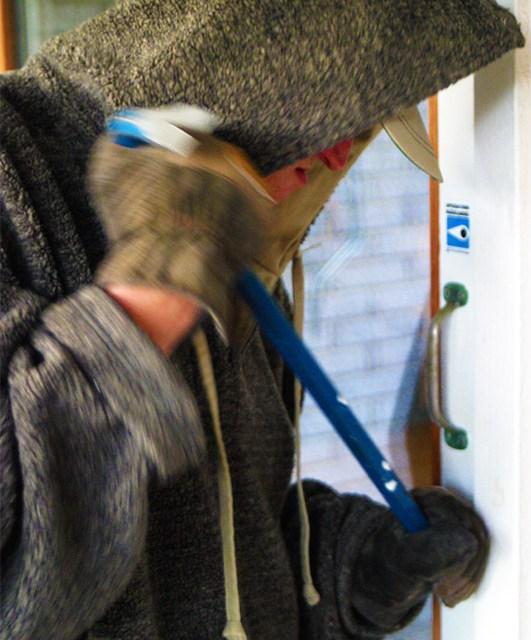 Nieder-Olm, Einbruch in Arztpraxen – Polizei sucht Zeugen