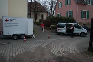 DRK richtet Betreuungstelle im ev. Gemeindehaus ein.