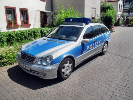 Polizei Mainz im Einsatz (Symbolbild: Wikipedia Jivee Blau)