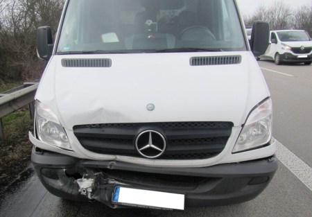 Der Fahrer dieses Transporter stand unter Drogeneinfluss. (Bild: Polizei Wörrstadt)