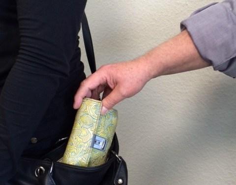 Taschendiebe – so schützen Sie sich vor den Tätern