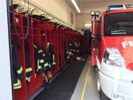 Der Einbrecher hat die Räume der Feuerwehr Dienheim durchsucht. (Bild: FFW Dienheim)