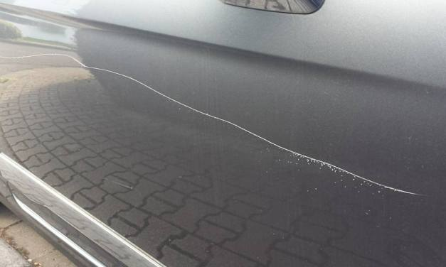Auto in Ingelheim rund herum komplett zerkratzt