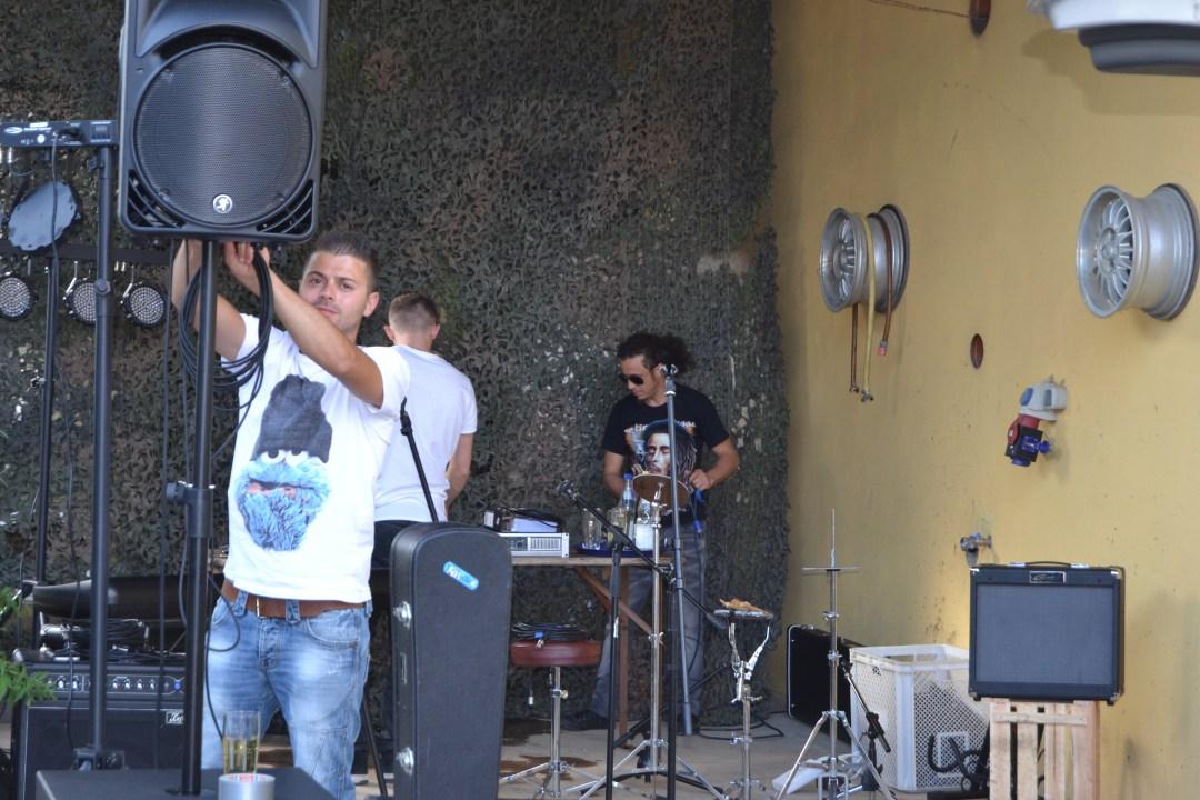 Biowein und Livemusik beim Sommerfest 1