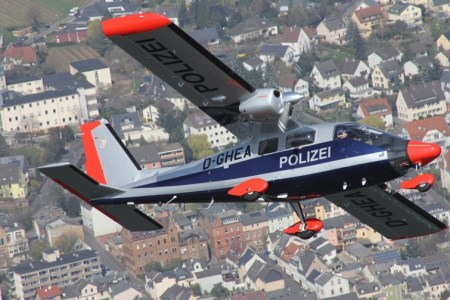 Polizei-Flugzeug im Einsatz. (Foto: Polizei Mainz)