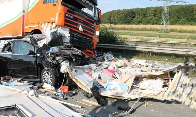 Verkehrssicherheitstag für LKW-Fahrer gegen Ablenkung im Straßenverkehr
