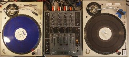 DJ-Equipement (Symbolbild: Fastily/Wikipedia)