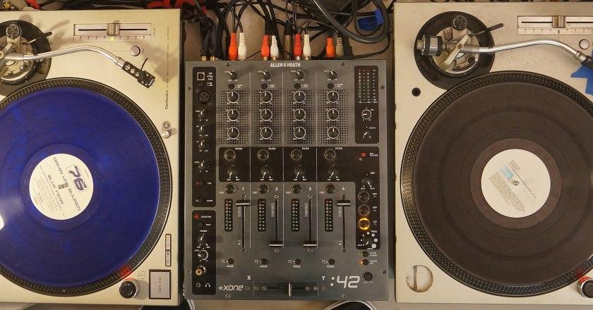 Diebe stehlen DJ-Ausrüstung In Ingelheim