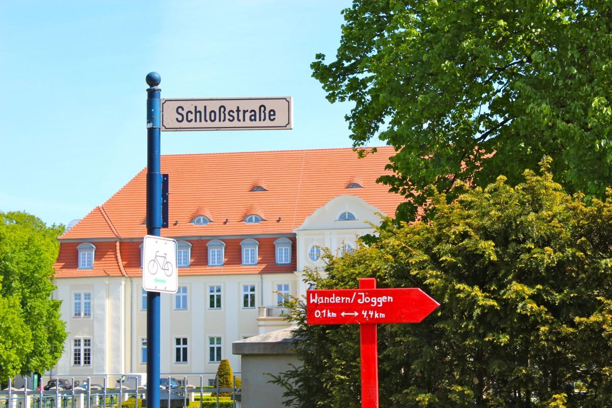 Schlosstrasse