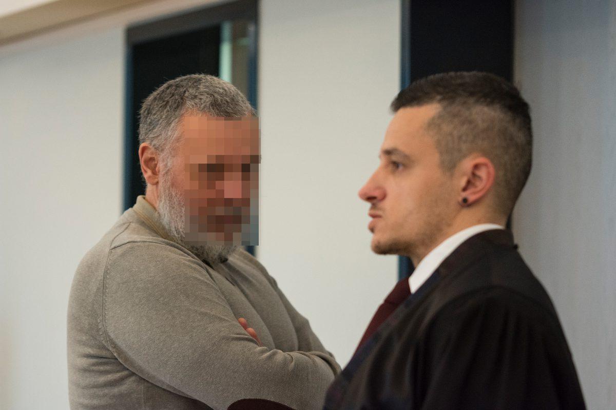 Tod In Alt Rehse Angeklagter Zeigt Keine Reue Und Sagt Nichts Wir