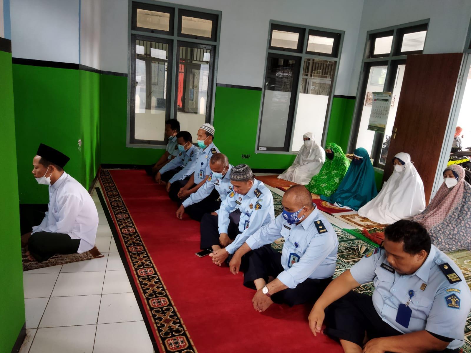 Doakan WBP Korban Musibah Lapas I Tangerang, Rupbasan Gelar Sholat Ghaib