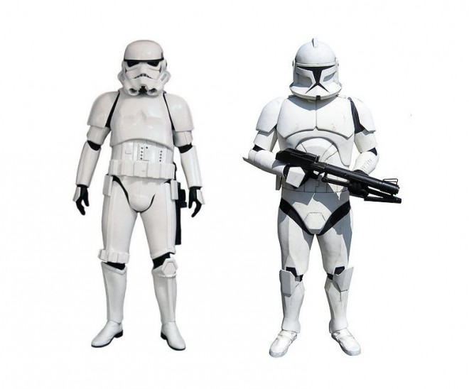 (Left) Stormtrooper  (Right) Clone Trooper  /  Images: 501st Legion