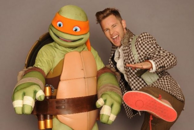 Greg Cipes and Mikey!  Image: Nickelodeon