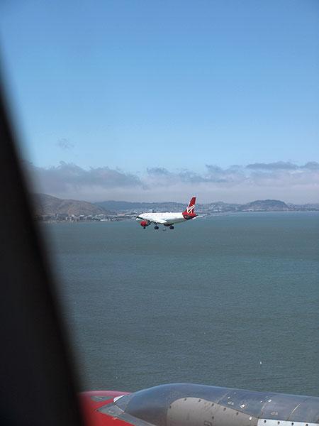 Virgin America flight from JFK landing at SFO