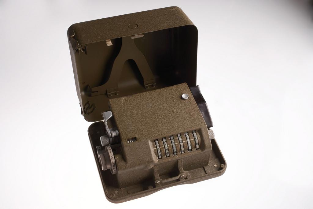M-209 Cipher Box