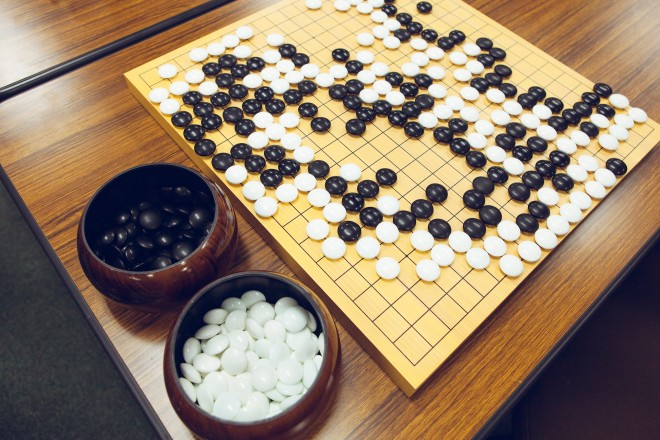 A traditional Go gameboard. Photo: Takashi Osato/WIRED