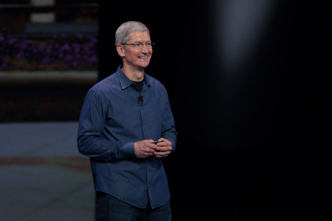 """Tim Cook Pens Op-Ed Opposing """"Religious Freedom"""" Laws"""