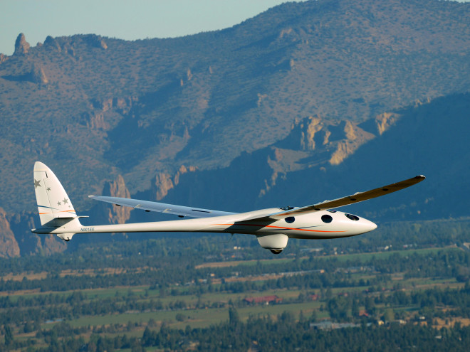 The Glider That's Aiming to Fly Higher Than Any Plane Ever