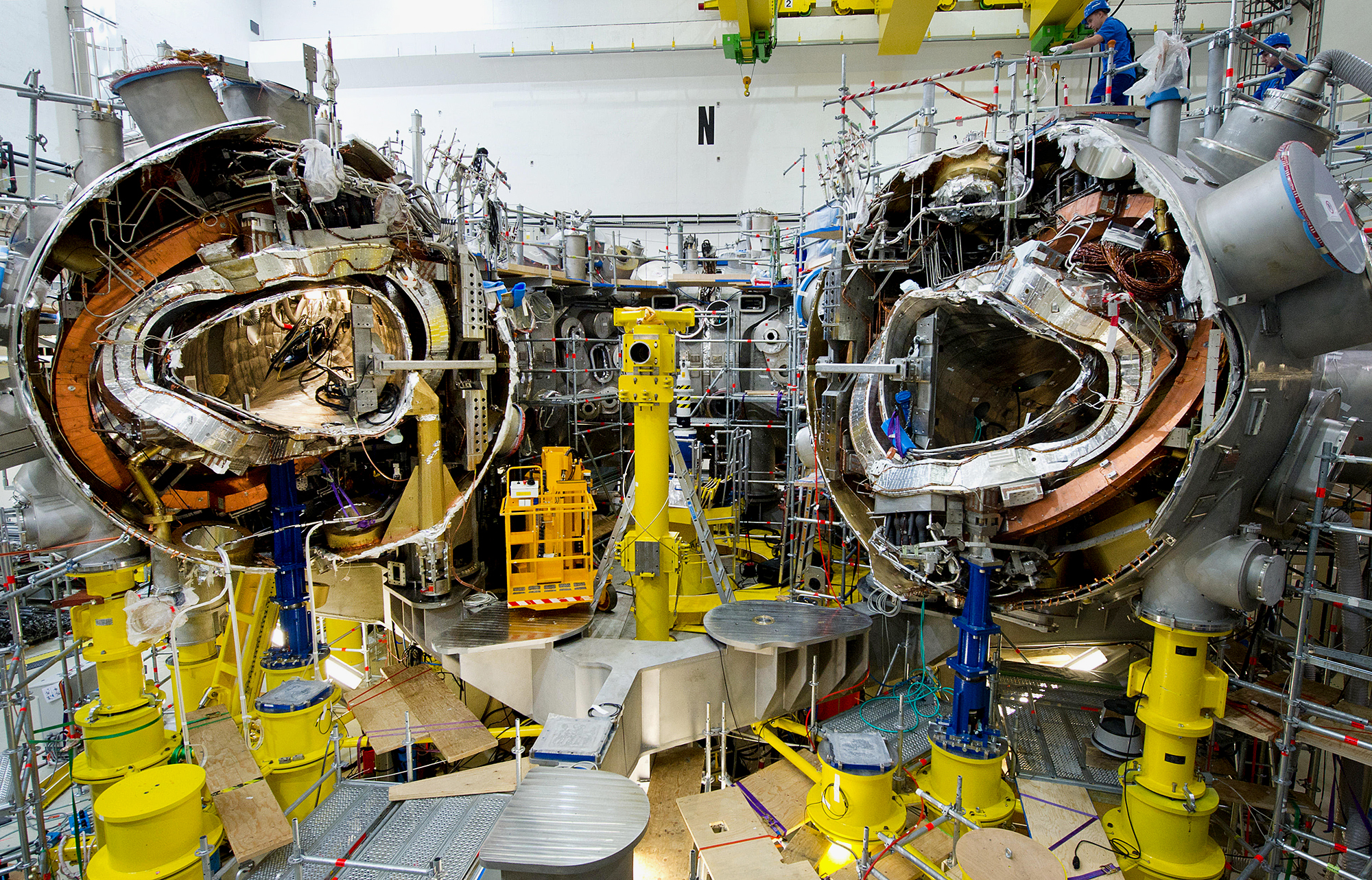 Dae2dc Mechanics Work On The Research Reactor Wendelstein