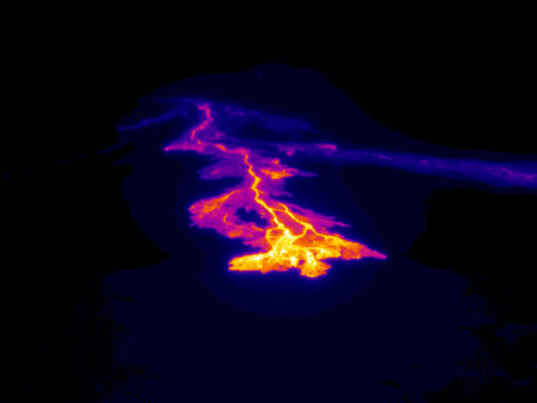Thermal image of one of the new lava flows from Puʻu ʻŌʻō on the East Rift of Kilauea, seen on May 24, 2016.