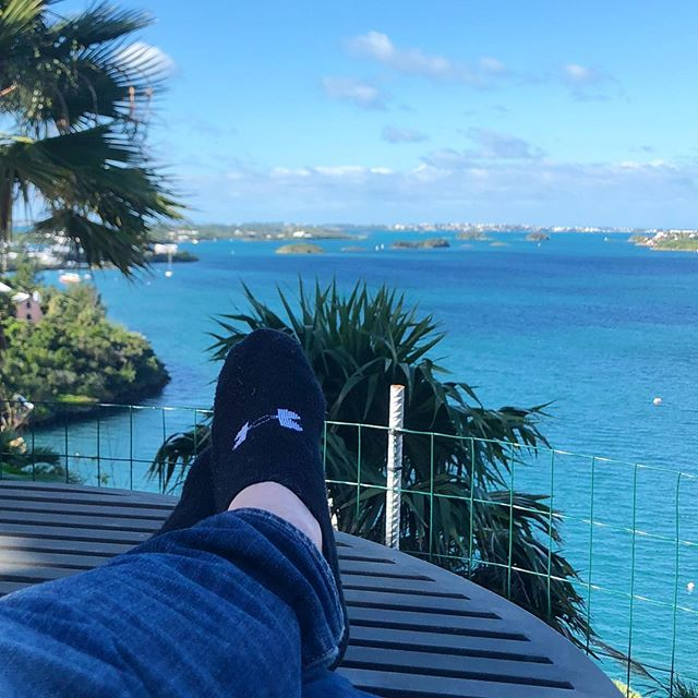 How is your view looking for 2018? Mine looks just fine. .....#travel #traveling #socialenvy  #vacation #visiting #instatravel #instago #instagood #trip #holiday #photooftheday #fun #travelling #tourism #tourist #instapassport #instatraveling #mytravelgram #travelgram #travelingram #igtravel  #ForeverBermuda#GoToBermuda#Bernews#BermudaDreaming#Paradise #photography