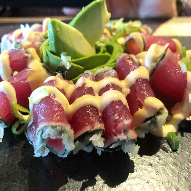 The fabulous Tokio-M from @pierangelo14 #sushi #foodie
