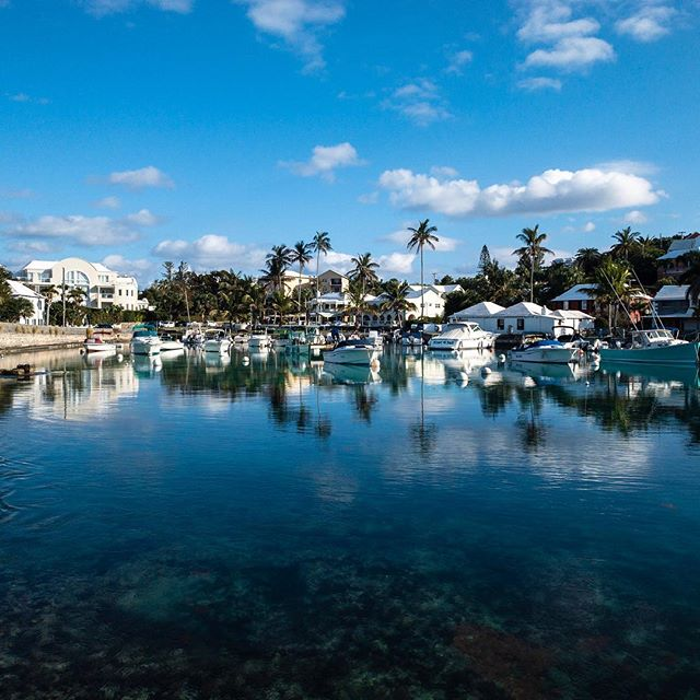 A beautiful and stunning last day of the year in Bermuda ??. One of my favorite spots in the country and where I thought I should go grab my last photo of the year. I wish you all the very best of the new year to come, good health, prosperity and much happiness in work and play. Look after yourself, be happy and full of positivity. Good things are coming.