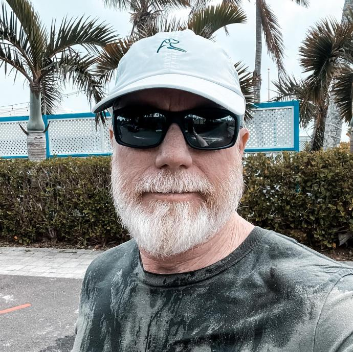 While at Lido Complex up on the deck today a massive wave from broke 40 feet in the air and drenched me while running away! I was at least 50 feet from the beach and 30 feet up.