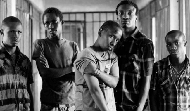 Fotograma de la película keniata Nairobi half life (2012) dirigida por David Tosh.