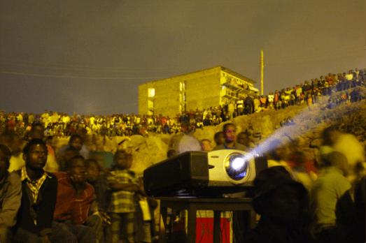 Proyeccion en Mathare. Foto: cortesía de SFF.Proyeccion en Mathare. Foto: cortesía de SFF.