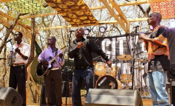 Malawi Mouse Boys durante su reciente actuación en City of Stars_ Magdalena Krohn