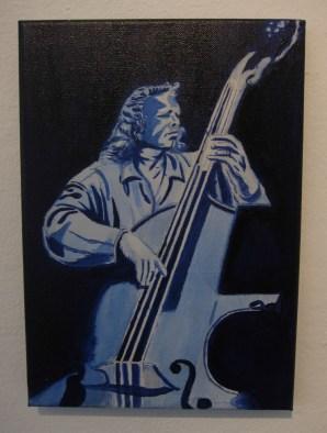"""Blue Basist"""
