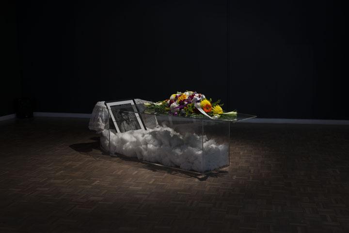 Instalación 'Of Love and Loss', 2014. Cortesía de Stevenson, Cape Town y Johannesburg. / ZANELE MUHOLI